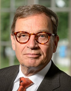 Prof. Ulrich Steger ist Weinexperte aus dem CV Rheingau